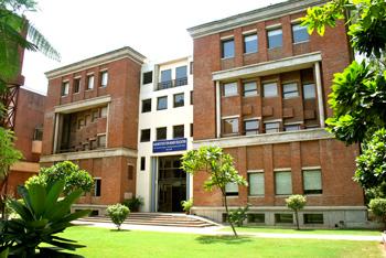 iilm_undergraduate bsiness school